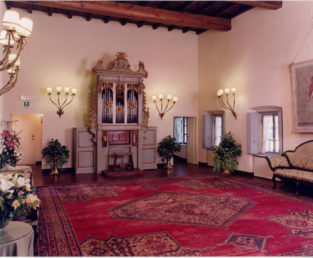 016 Sala Organo toscano